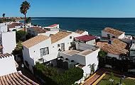Two Townhouses Set In The Charming Beachfront Urbanisation Of El Pirata On The New Golden Mile