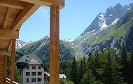 High standard turnkey appartements in chalet Les Girolles, La Fouly, Switzerland